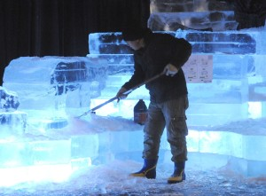 Ice carving at Opryland