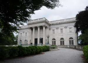 Marble House Celebrates 90th Anniversary of Women's Suffrage