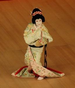 Tojuro performing Kabuki in Tokyo