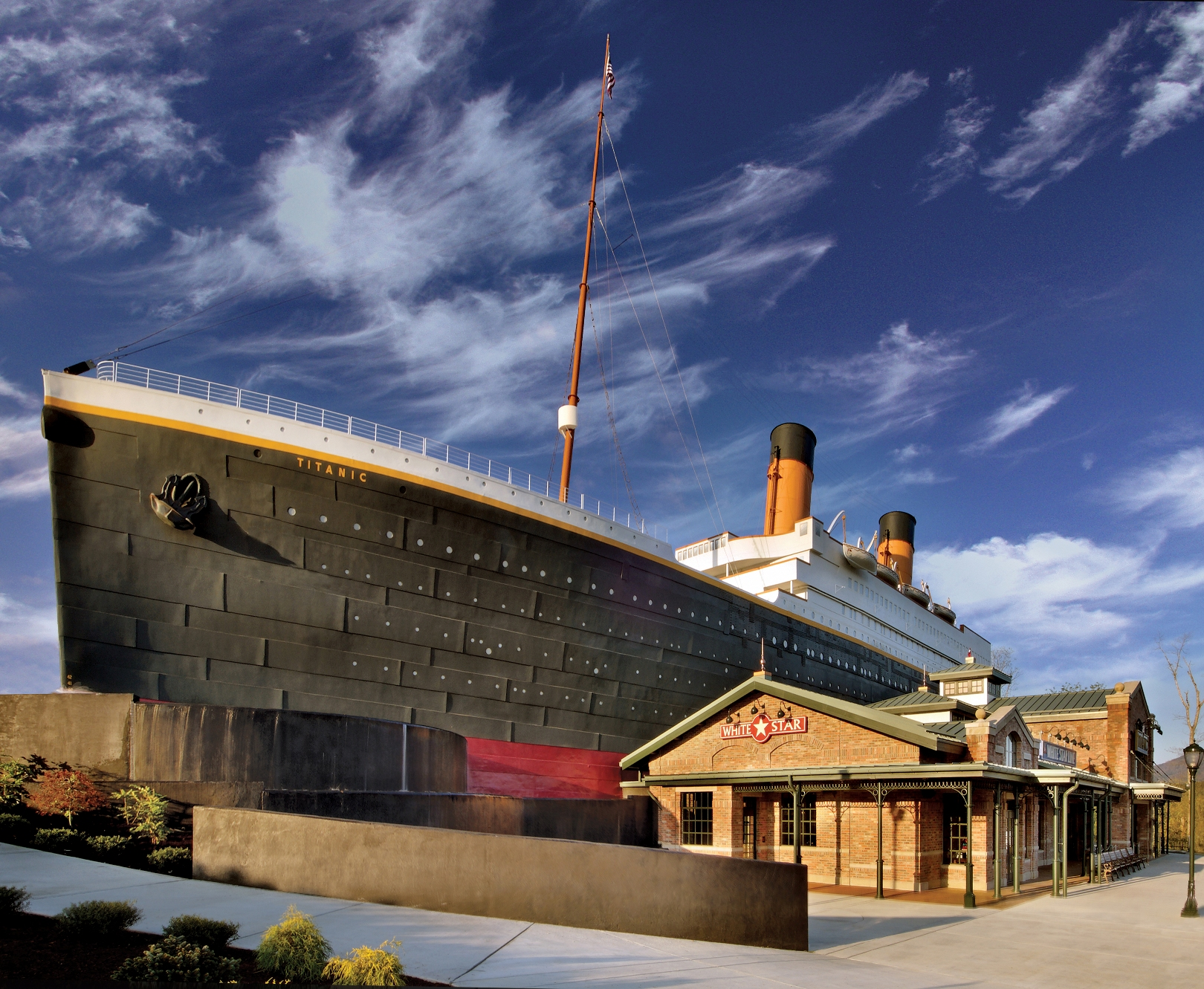 Titanic Museum Attractions GoingPlacesNearAndFars Blog - Ship museums in us