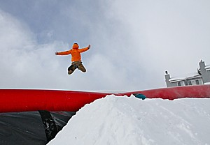 Crested Butte Mountain Resort (CBMR) has just opened the Coke Zero® Gravity BagJump as its latest amenity in the Adventure Park. The 50 feet by 50 feet by 11 feet deep bag is filled with air and acts as a safe and cushioned landing pad for jumpers, tubers, skiers and snowboarders.