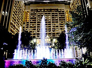 Dancing Fountains, a nightly event, in the spectacular atrium of the Gaylord National, a premier resort just outside Washington DC. GaylordHotels are offering SummerFest, with special activities and events all summer © 2013 Karen Rubin/news-photos-features.com