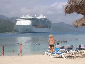 Liberty of the Seas cruisers enjoy Royal Caribbean's private island © 2014 Karen Rubin/news-photos-features.com
