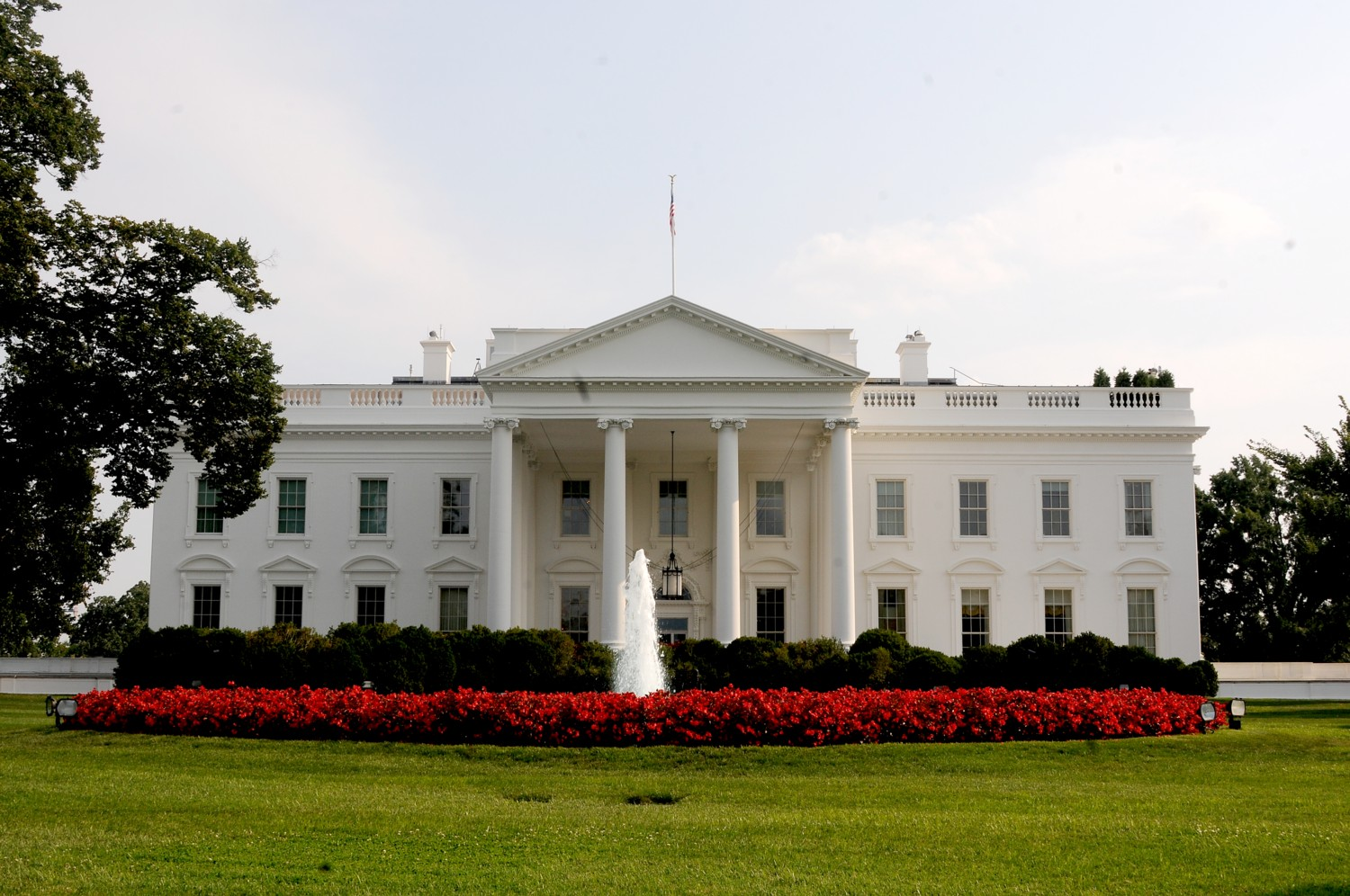 White house hosts fall garden tours oct 18 19 for The white housse