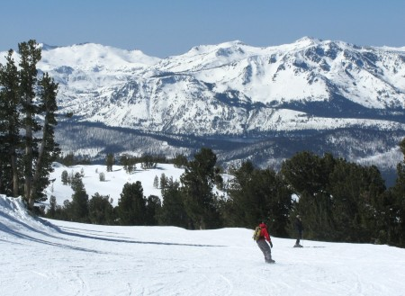 Skiing at Heavenly, South Lake Tahoe, one of the 22 Vail Resorts that can be accessed on Vail's Epic Pass © 2014 Karen Rubin/news-photos-features.com
