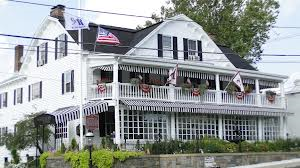 One of New Jersey's historic taverns, The Black Horse Tavern has been in business more than 270 years. Located in the heart of Mendham, it was originally a stagecoach house in the mid-1700s.