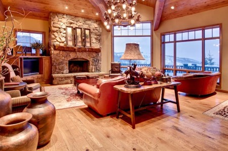 Northside Villa in Deer Valley, Utah,. one of the vacation homes in Villas of Distinction's portfolio.