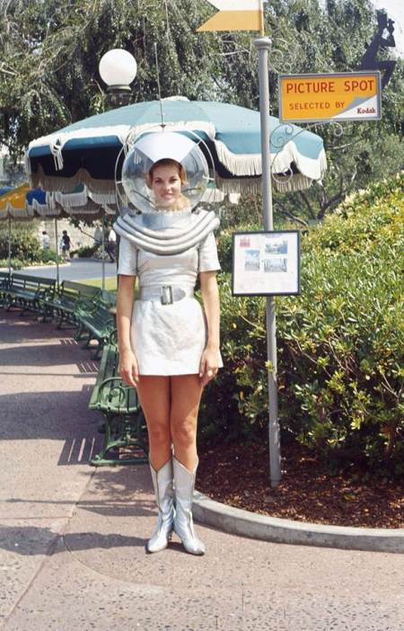 "Tourist photos are included in ""The Story of Disneyland"" collection to be auctioned."