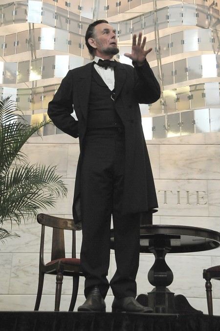 "Lincoln impersonator at the Smithsonian's Museum of American History The National Park Service program features accomplished Lincoln actor, Fritz Klein who will give voice Abraham Lincoln's commitment to the idea that the United States was ""conceived in liberty and dedicated to the proposition that all men are created equal."" © 2015 Karen Rubin/news-photos-features.com"