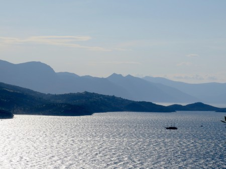 A romantic biking/boat trip through the Greek Islands with BikeTours © 2016 Karen Rubin/news-photos-features.com