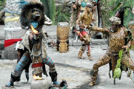 mex-rivieramaya-052908 223e2 (c) Karen Rubin-xcaret-dancer